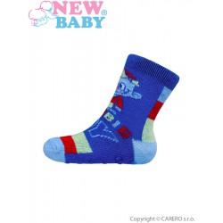 Dojčenské ponožky New Baby s ABS modré zombie boy