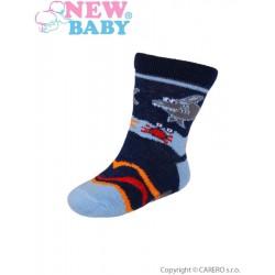 Dojčenské bavlnené ponožky New Baby tmavo modré so žralokom